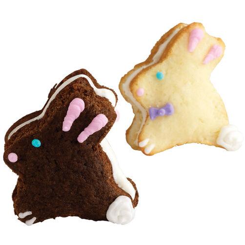 Easter Bunny Whoopie Pie