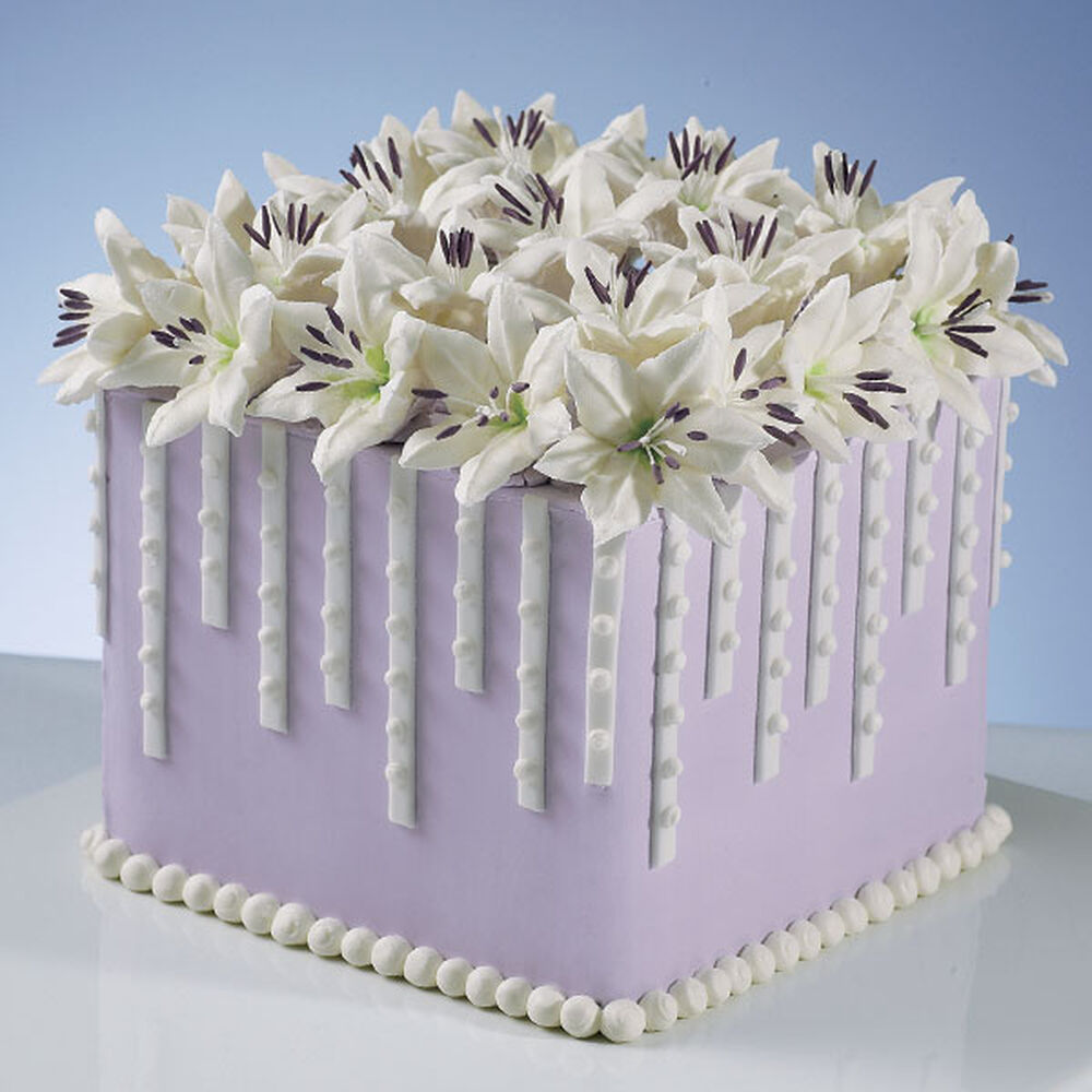 Lillies And Lavender Cake Wilton