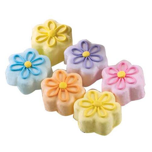 Baby Blossom Cakes