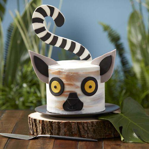 Lemur Cake Decorating