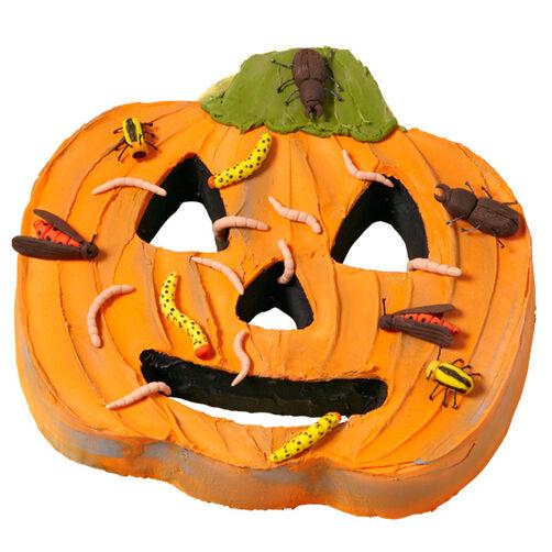 Going Buggy Pumpkin Cake
