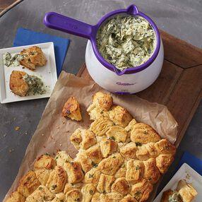 Garlic Pull-Apart Bread and Spinach Artichoke Dip