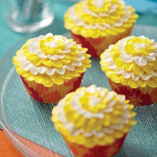 Daffodil Delight Cupcakes