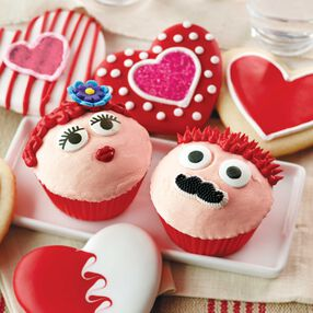 His and Hers Valentine's Day Cupcakes