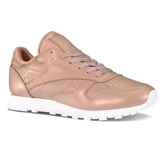 reebok classic leather trainers in rose gold pearl
