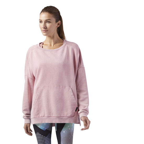Reebok - Studio Favourites Oversized Crew Neck Sweatshirt Sandy Rose BQ8157