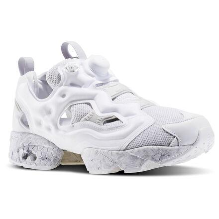 В дизайне обуви важна каждая мелочь. В этих классических кроссовках InstaPump ты будешь каждый раз открывать для себя все новые и новые грани. Стиль чувствуется во всем ? начиная с тканевой подкладки и заканчивая подошвой под мрамор. А технология Pump обеспечивает оптимальную посадку и комфорт.