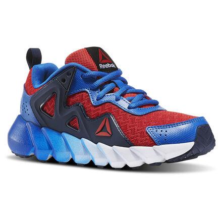 Вашего маленького сорванца ничто не остановит. Эти стильные спортивные кроссовки готовы к любым испытаниям. Удобная подошва гарантирует отличное сцепление во время забегов на перемене. А кевларовые вставки гарантируют повышенную износостойкость.