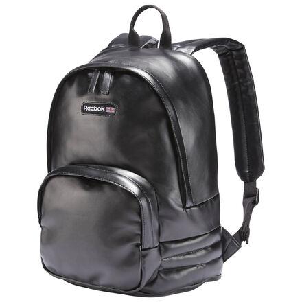 Пусть руки будут свободными, а образ непринужденным! Модель рюкзака Freestyle отмечает в этом году свое 35-летие. В ней функциональность сочетается со стильным дизайном, а полиуретановая кожа добавляет изысканности.