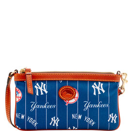 Yankees Large Slim Wristlet