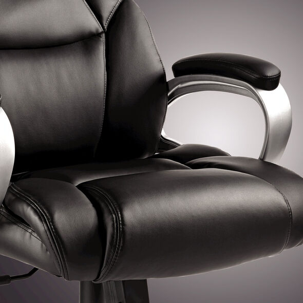 Samsonite Hamburg Big & Tall Premium Bonded Leather Chair in the color Black.