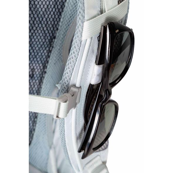 Sula 24 in the color Dove Grey.