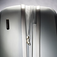 "Samsonite Hyperflex 19"" Spinner in the color Silver."