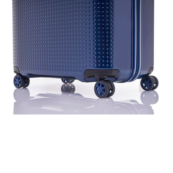 "Samsonite Pixelon 25"" Spinner in the color Navy."