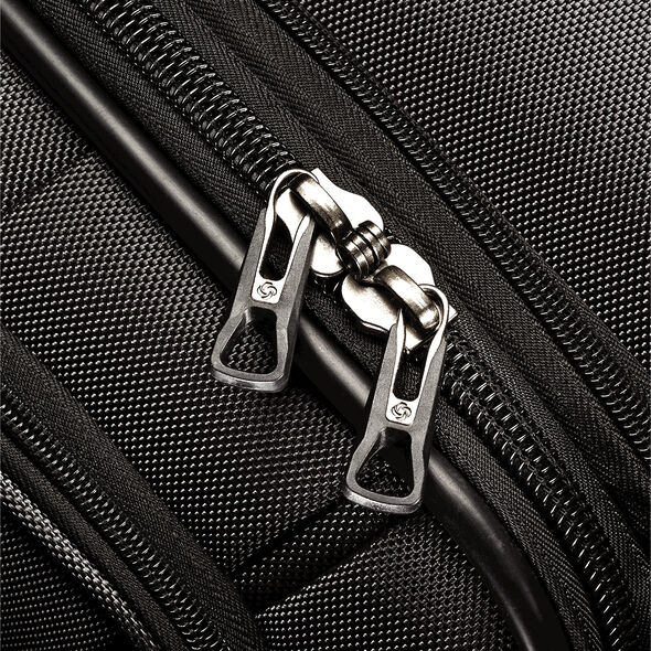 Samsonite DK3 Wheeled Garment Bag in the color Charcoal.