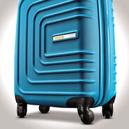 "American Tourister Sunset Cruise 28"" Spinner in the color Summer Sky."