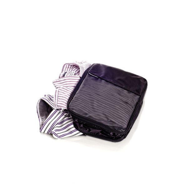 Samsonite Packing Cubes 2 Sided Packing Cube (L) in the color Black.