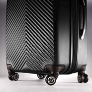 """American Tourister JX5 24"""" Spinner in the color Black."""
