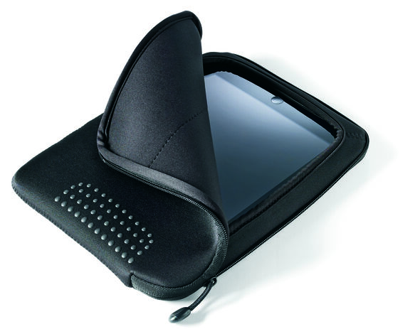 Samsonite Aramon NXT iPad Sleeve in the color Aramon Black.