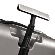 "Samsonite Inova 28"" Spinner in the color Metallic Silver."