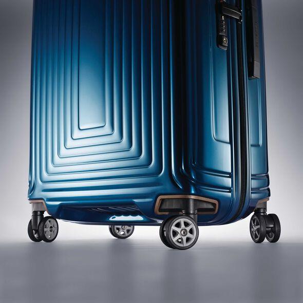 "Samsonite Neopulse Spinner Large (28"") in the color Metallic Blue."