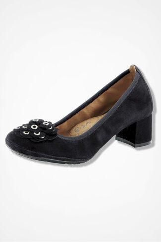 """Vantrice"" Stretch Pumps by Sofft®, Black, large"