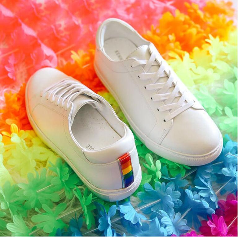 IG - Zappos - Pride Kam