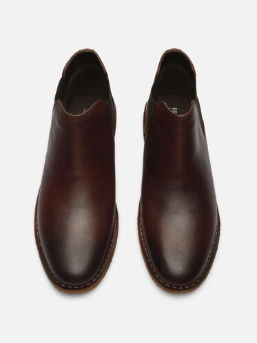Casual Plain Toe Chelsea Boot, BROWN