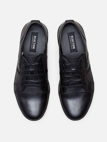 Crown-ed King Low Top Sneaker, BLACK
