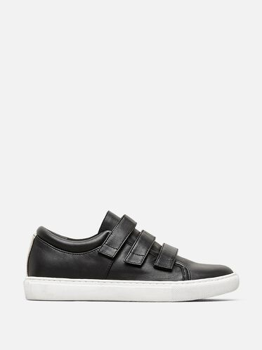 KINGVEL LOW-TOP SNEAKER, BLACK/WHITE