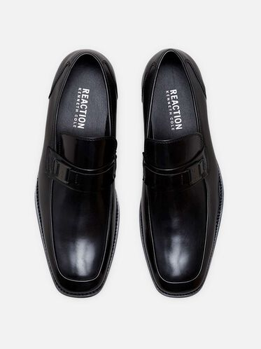 Near D Mark Bit Detail Loafer, BLACK