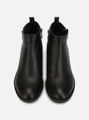 Levon Leather Chelsea Boot, BLACK