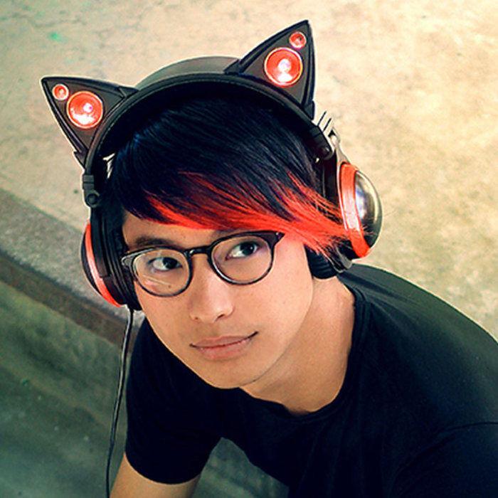 Purple wireless cat headphones - wireless headphones with mic purple