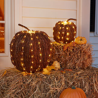 Lighted Rattan Pumpkin with 160 LEDs