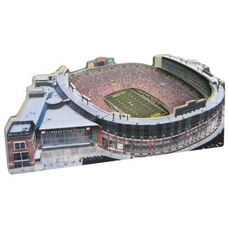Green Bay Packers/Lambeau Field Replica w/ Display Case