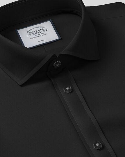 Slim fit spread collar non-iron black shirt