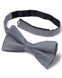 Navy and white silk classic gingham check ready-tied bow tie