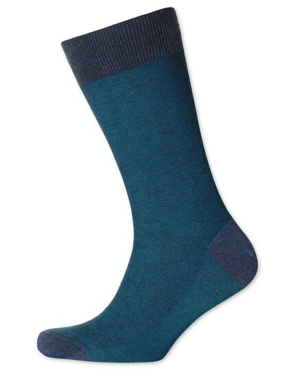 Socken in blaugrün mit Pfauenaugenmuster