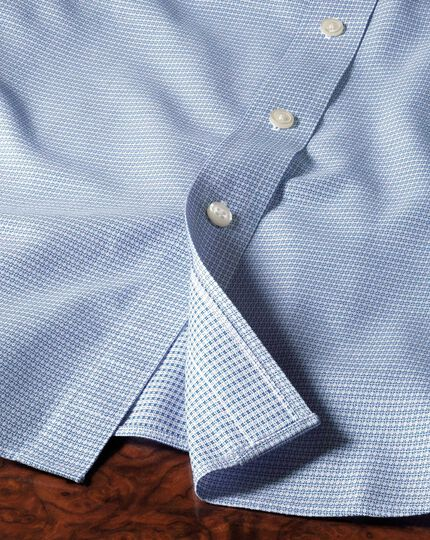 Slim fit spread collar non-iron square textured mid blue shirt