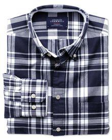 Extra Slim Fit Oxfordhemd in marineblau und weiß mit Karos