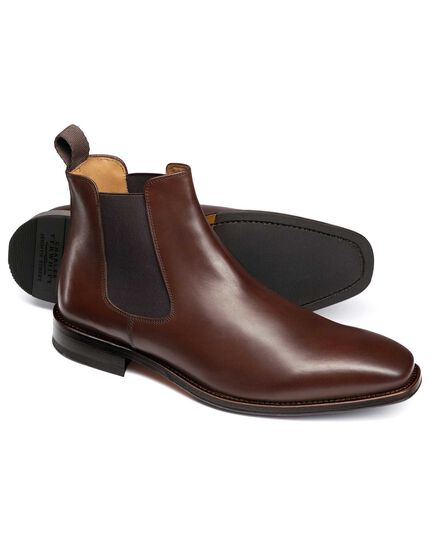 Brown Millbrook Chelsea boots