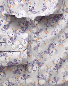 Women's semi-fitted cotton butterfly print poplin shirt