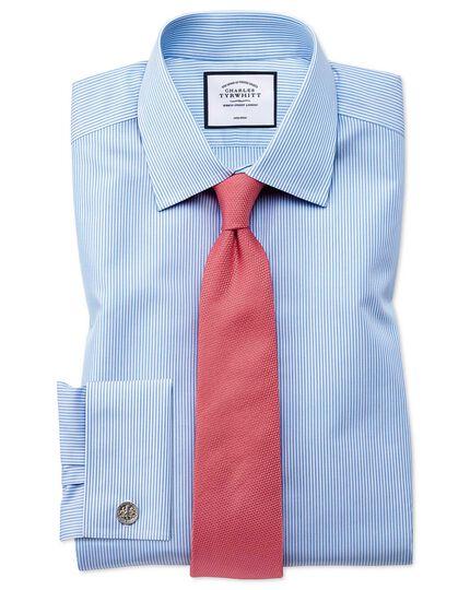 Bügelfreies Extra Slim Fit Hemd in Himmelblau mit Bengal-Streifen
