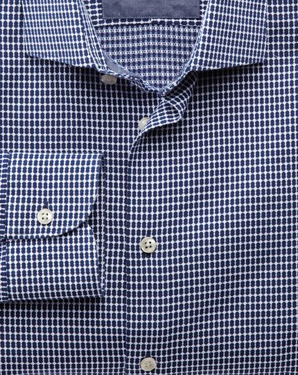 Classic fit semi-spread collar business casual oval dobby navy blue and white shirt