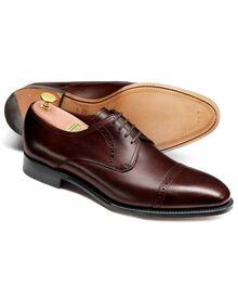 Hallworthy Budapester Derby Schuh mit Zehenkappe aus Kalbsleder in Braun