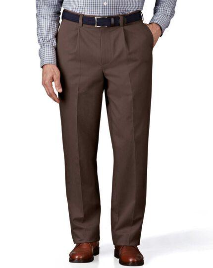 Dark brown classic fit single pleat non-iron chinos