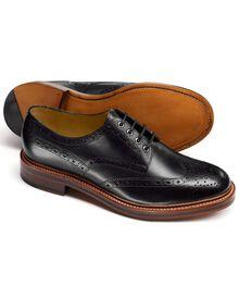 Fenton Budapester Derby-Schuh mit Flügelkappen in schwarz