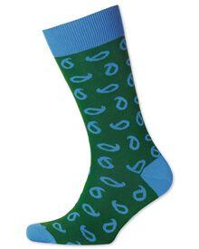 Socken in grün mit Paisley-Muster
