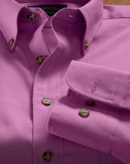 Slim fit non-iron twill button-down collar pink shirt