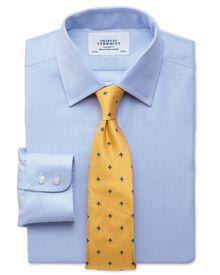Extra Slim Fit Hemd in himmelblau mit kleinem Fischgrätmuster